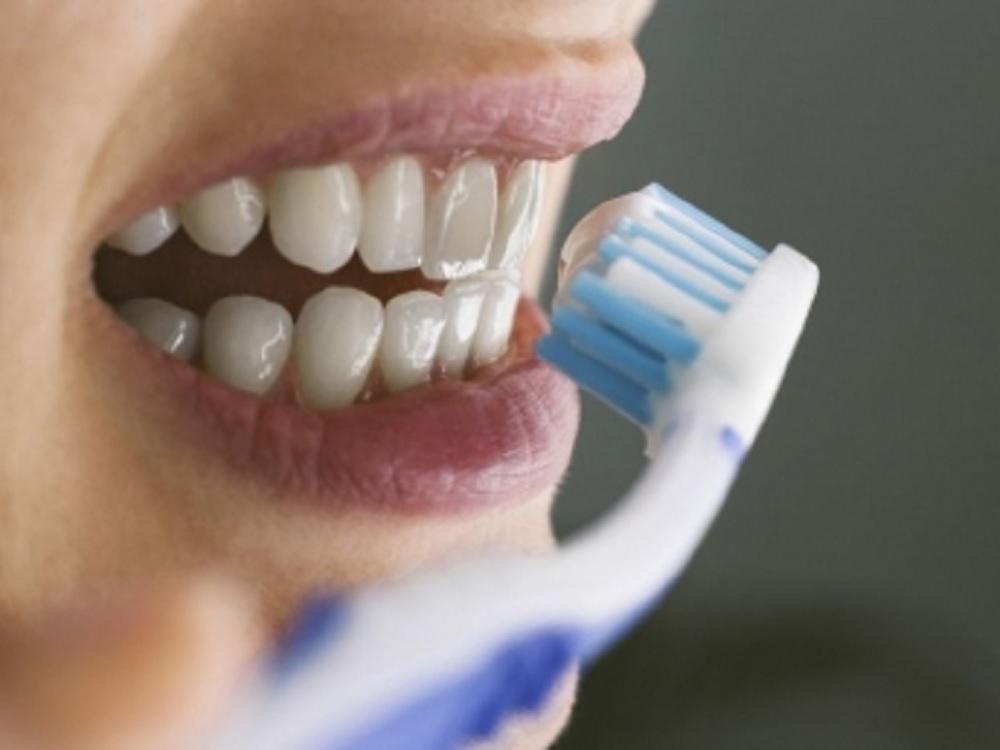 Infección dental puede causar problemas de corazón, alerta especialista