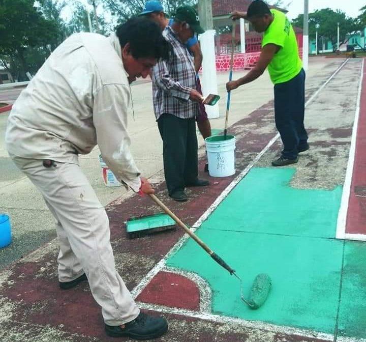 Continúa mantenimiento a Unidades Deportivas de Villa Allende