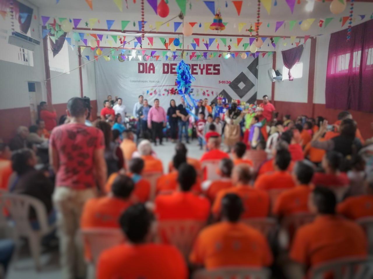 Festejan Centros Penitenciarios Día de Reyes