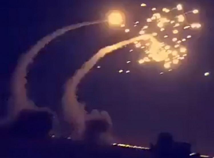 Al menos 73 militares muertos por misiles en Yemen