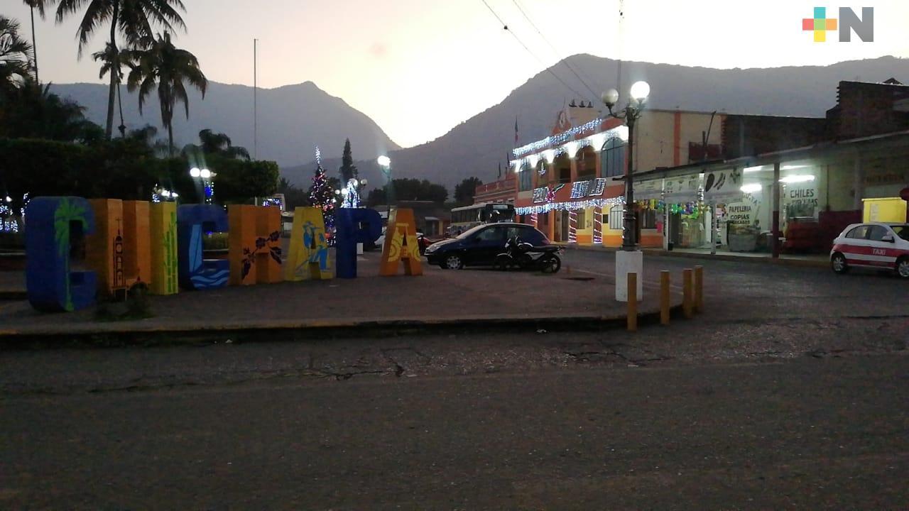 Con menos personal, Ayuntamiento labora en Cuichapa