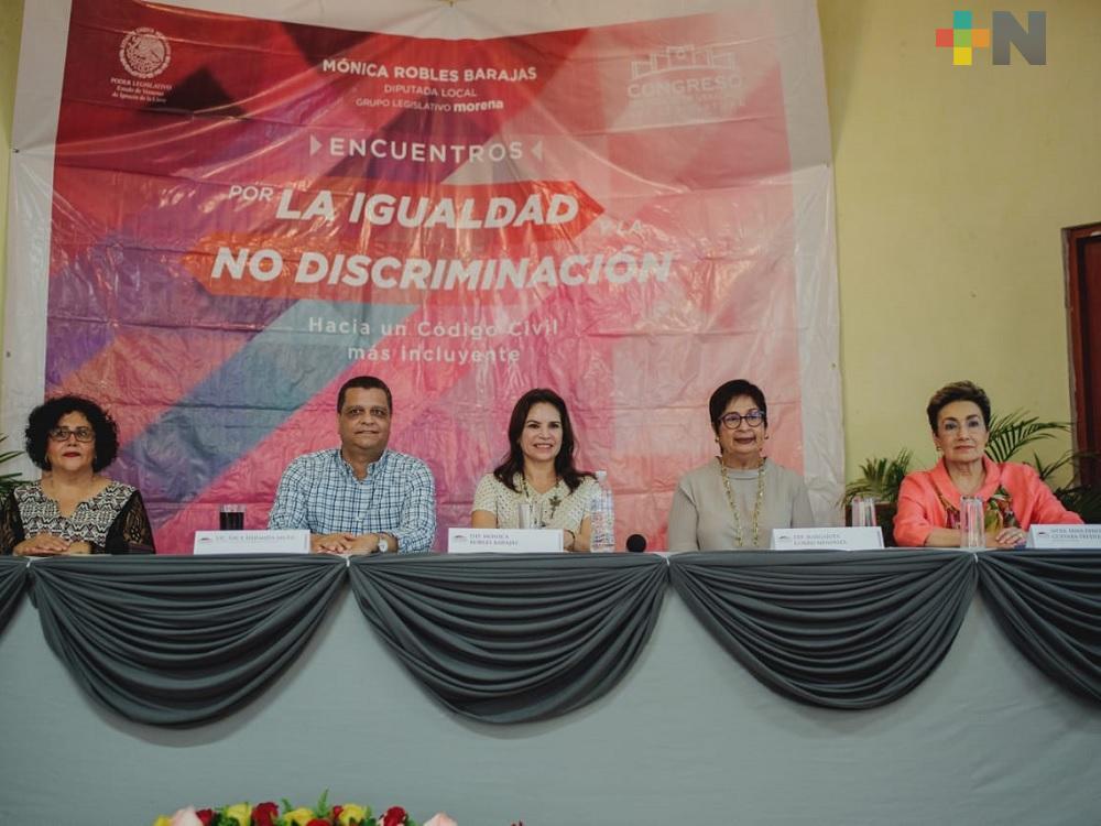 Diputada propone cambios al Código Civil para detener discriminación a mujeres