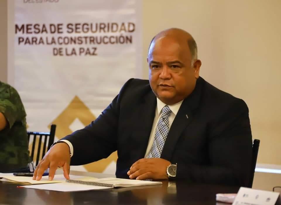 Alcalde Yunes es tan chiquito para ponerse de acuerdo: Eric Cisneros