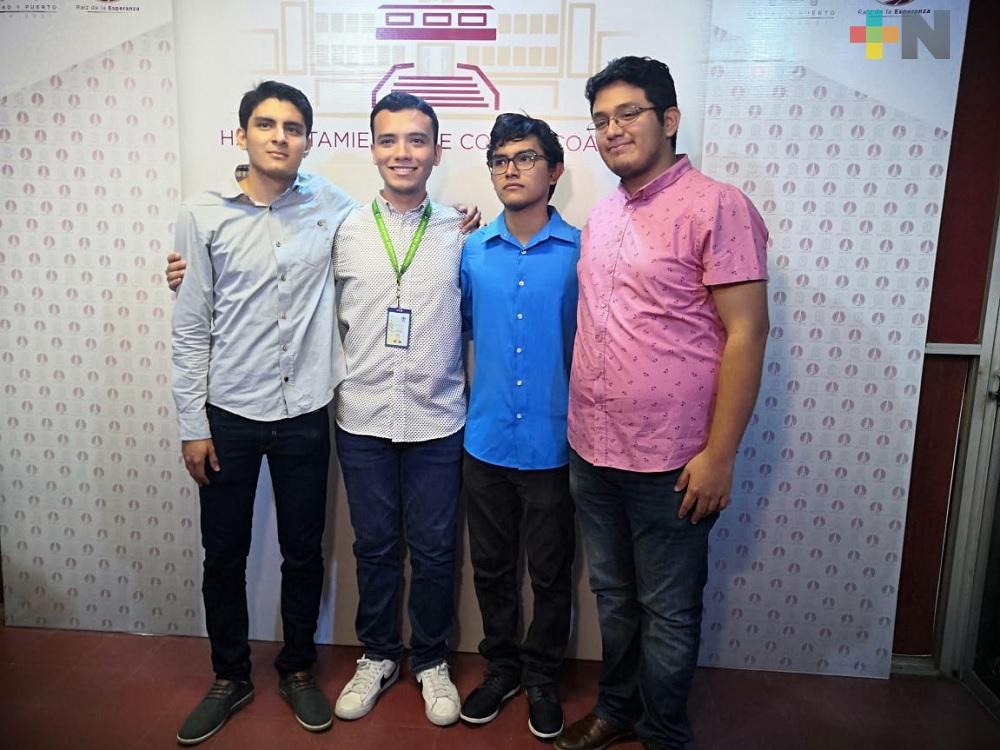 Estudiantes de la UV clasifican a siguiente fase de concurso Hult Prize