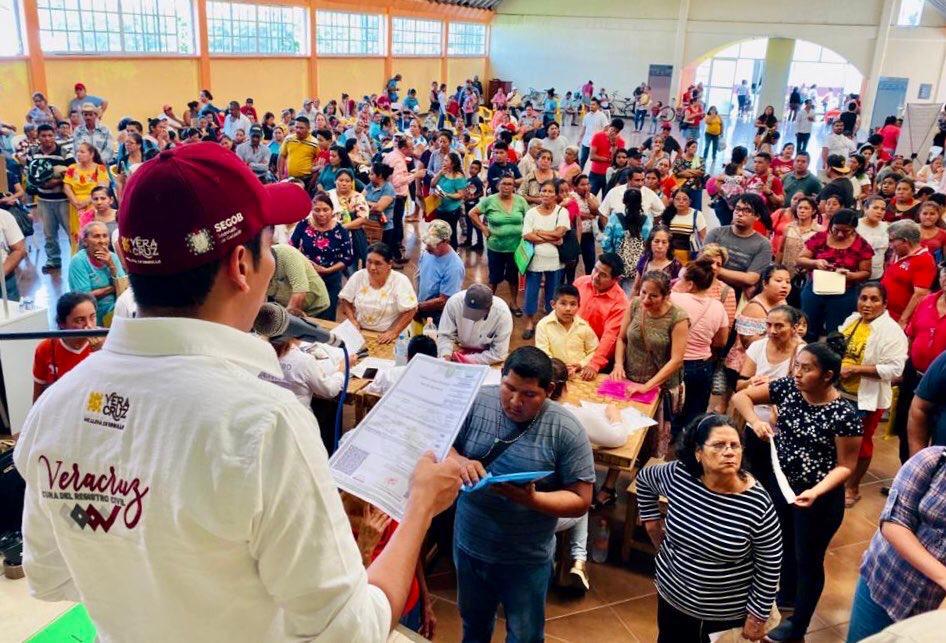 Jornadas itinerantes atendieron a más de 6 mil veracruzanos el fin de semana