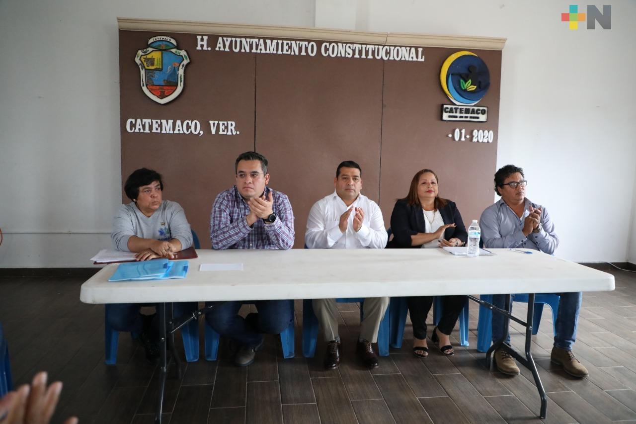 Acuerdan SEDARPA, CONAPESCA y cooperativas estrategias para fortalecer al sector pesquero en Catemaco
