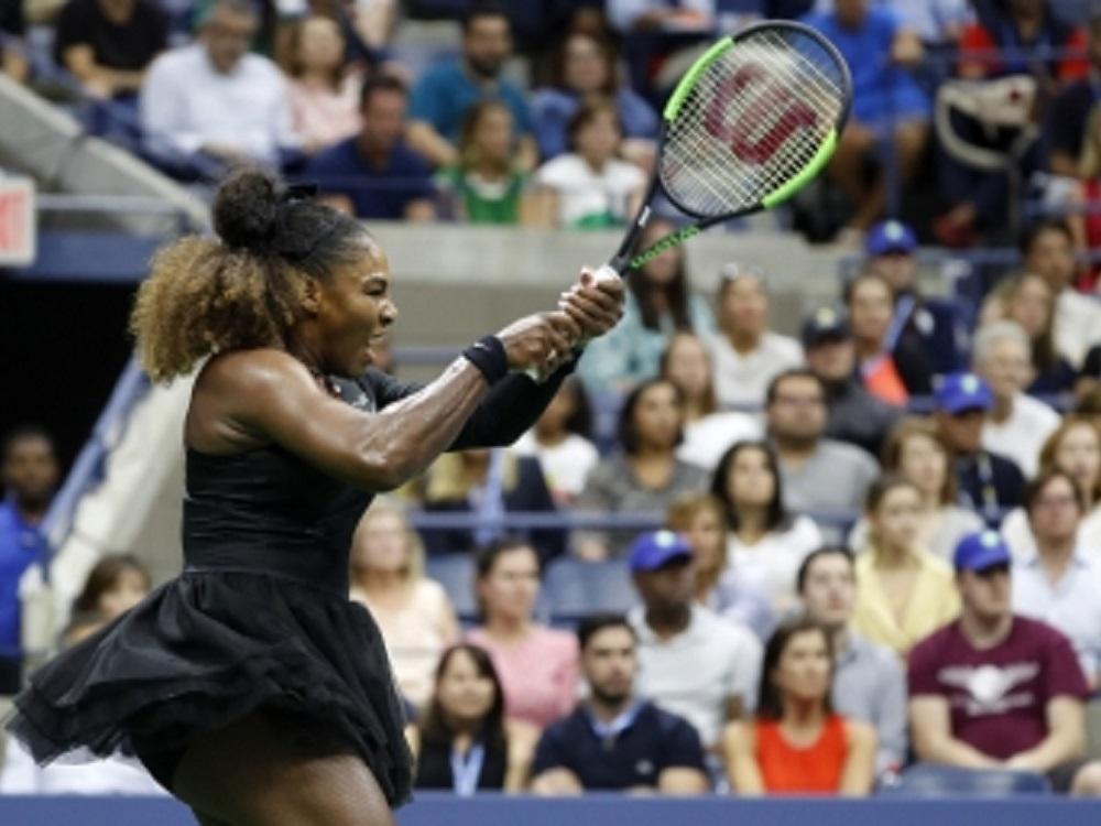Serena Williams inicia camino rumbo a título 24 de Grand Slam