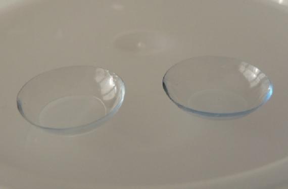 UNAM crea lentillas para tratar uveítis