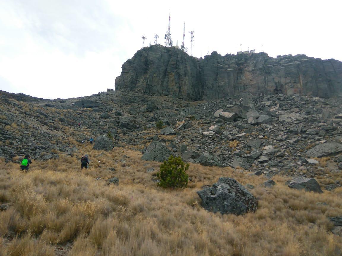 A unos metros de la cima,  Cofre de Perote