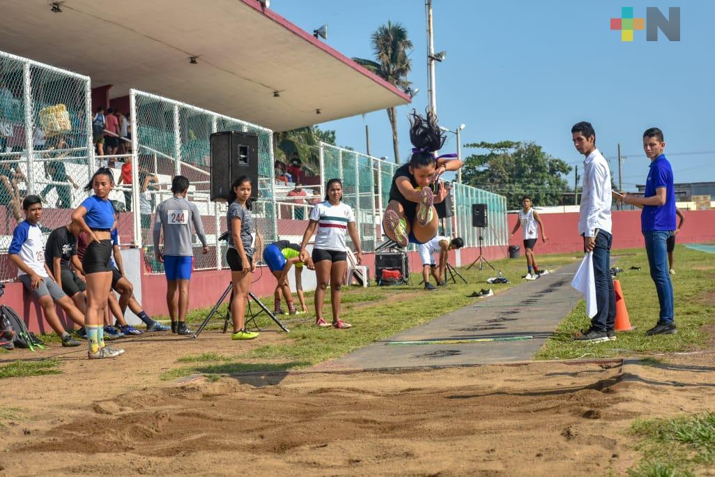 Acayucan con 48 atletas a Estatal de Juegos Conade