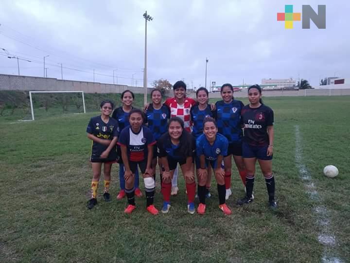 Delfincitas Itesco jugarán en circuito nacional de futbol femenil