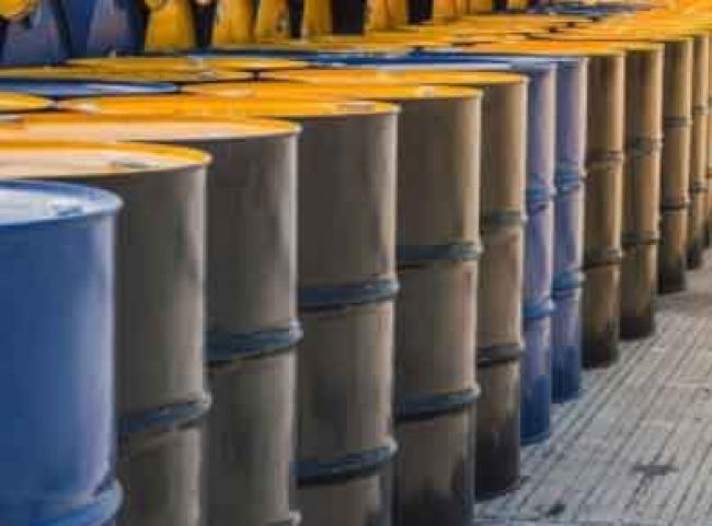 Desplome del crudo mexicano podría impactar en el gasto público: Economista