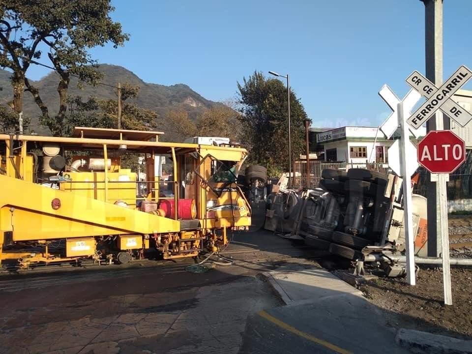 Descartan fuga tras accidente de ferrocarril en Orizaba