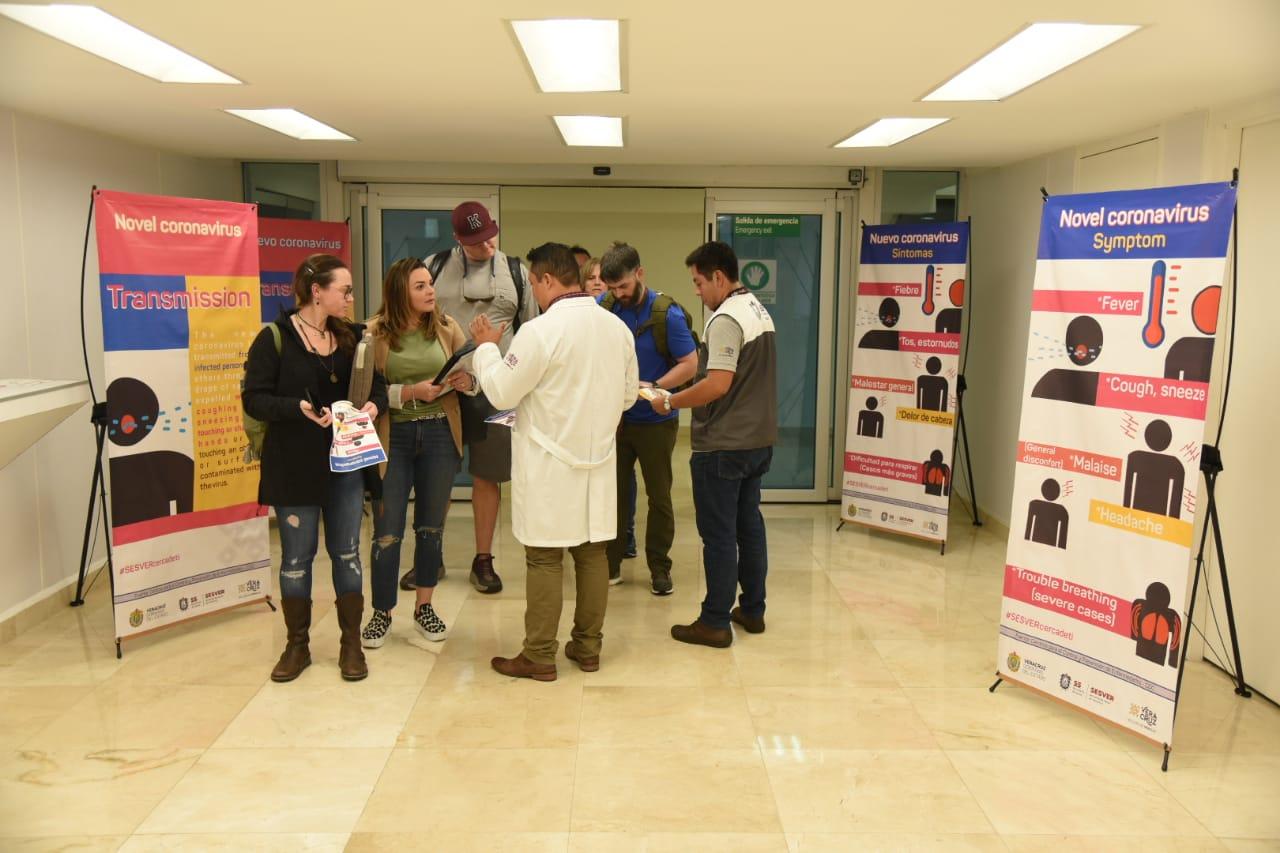 Informa Secretaría de Salud sobre coronavirus en aeropuertos y puertos de la entidad