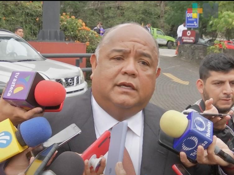 Negocios necesarios por  COVID-19 deben permanecer abiertos: Eric Cisneros