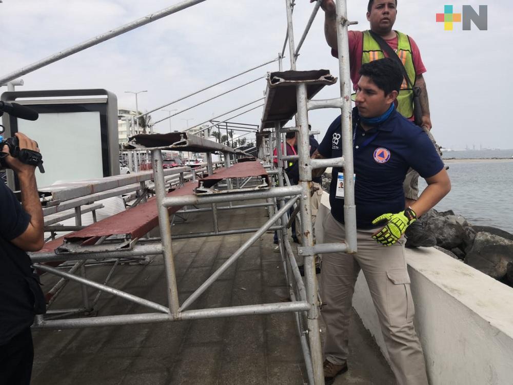 PC de Boca del Río supervisa instalación de gradas