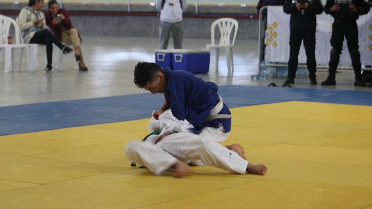 Atletas veracruzanos a clasificatorios nacionales en judo y bádminton