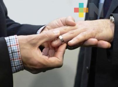 Discutiría Sonora sobre matrimonios igualitarios