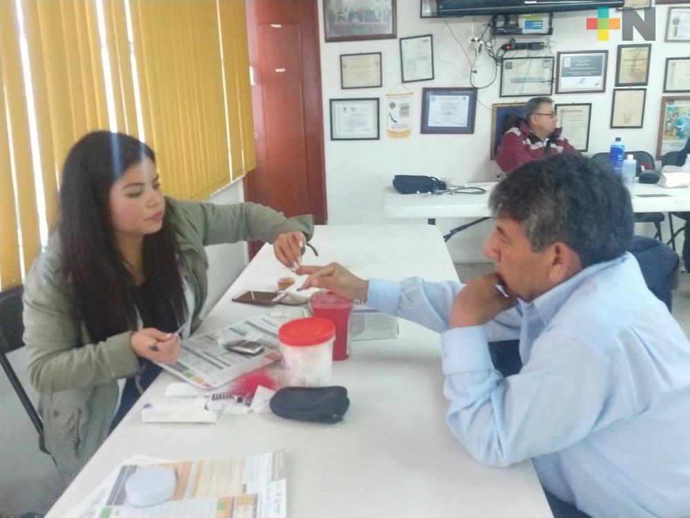 Servicios de salud gratuitos llegan a colonias de Xalapa