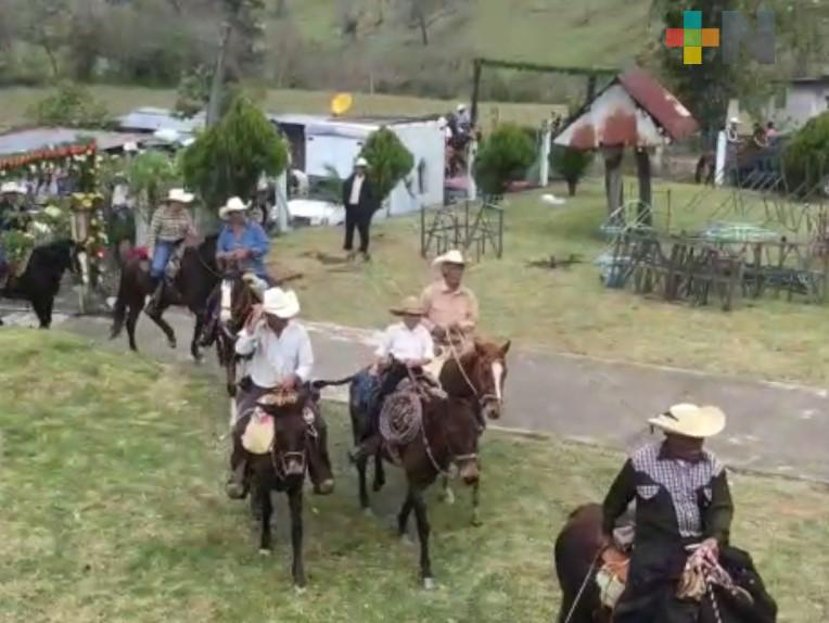 Celebran fiesta patronal de San Juan Bautista en la comunidad de Tenantitlán, municipio de Huayacocotla