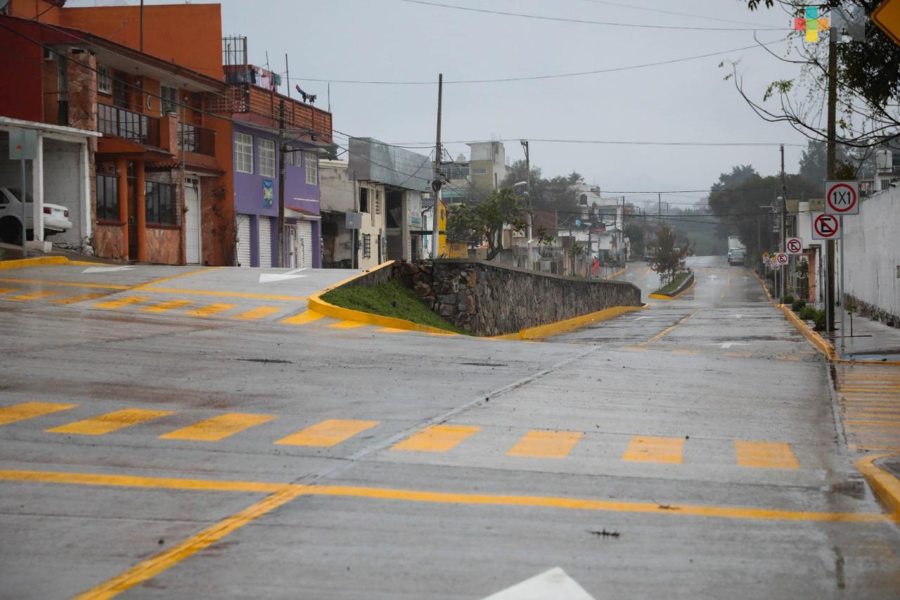 Inaugura SIOP pavimento hidráulico en calle Rafael Aguirre Cinta, de Xalapa