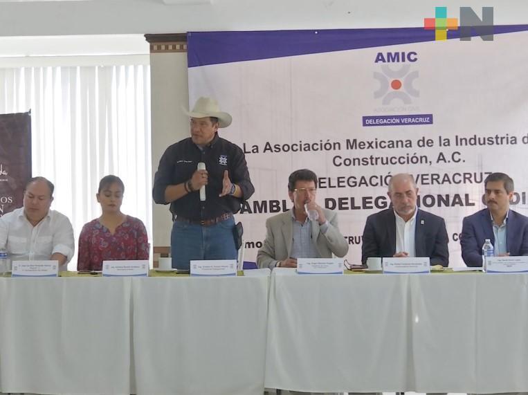 AMIC emite convocatoria para que asociados puedan trabajar con gobierno de Veracruz