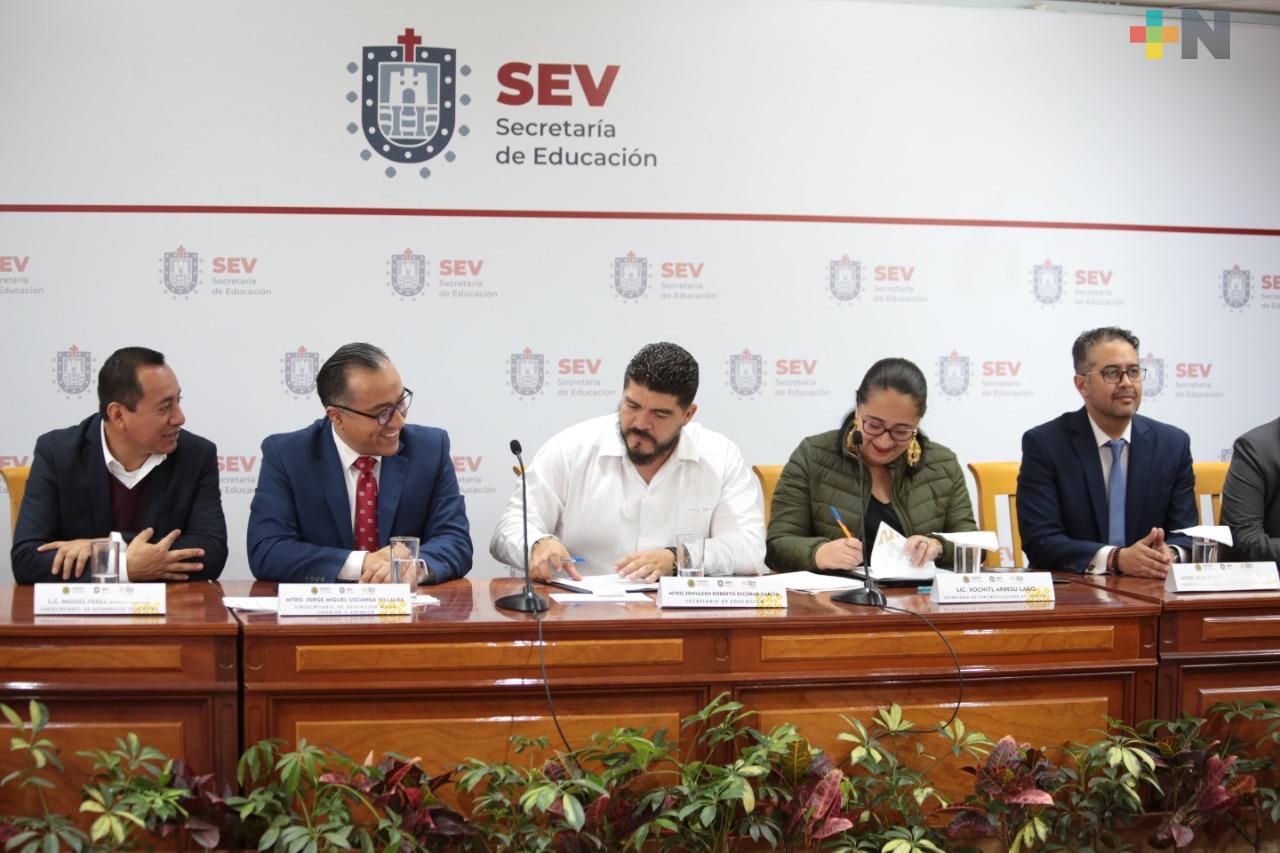 Convenio entre SEV y SECTUR contribuirá a elevar la calidad del servicio turístico