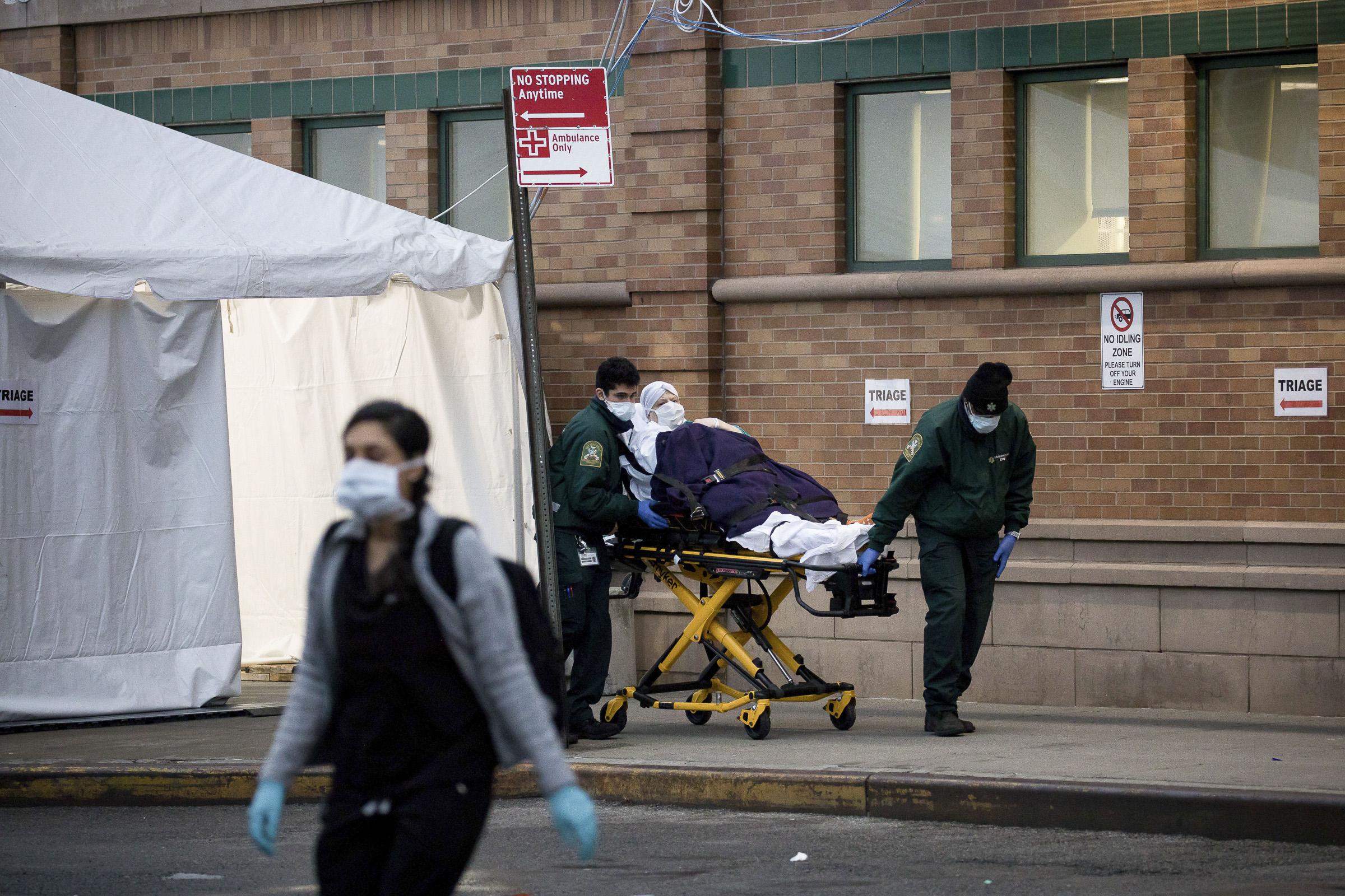 Mayoría de veracruzanos fallecidos por COVID-19 en EUA, radicaban en Nueva York