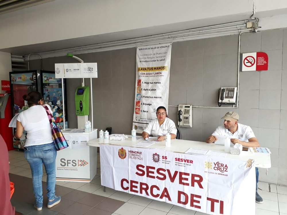 Despliega Salud medidas contra Covid-19 en aeropuertos y centrales de autobuses