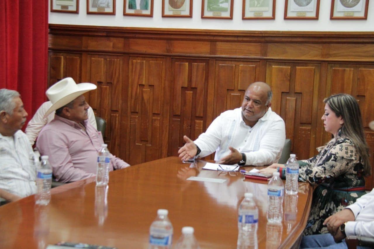 Promueve Secretario de Gobierno diálogo con sector obrero para impulsar desarrollo y bienestar