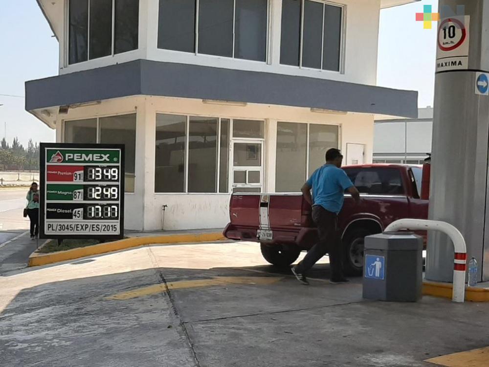 En municipio de Veracruz, venden gasolina Magna en 12.49 pesos