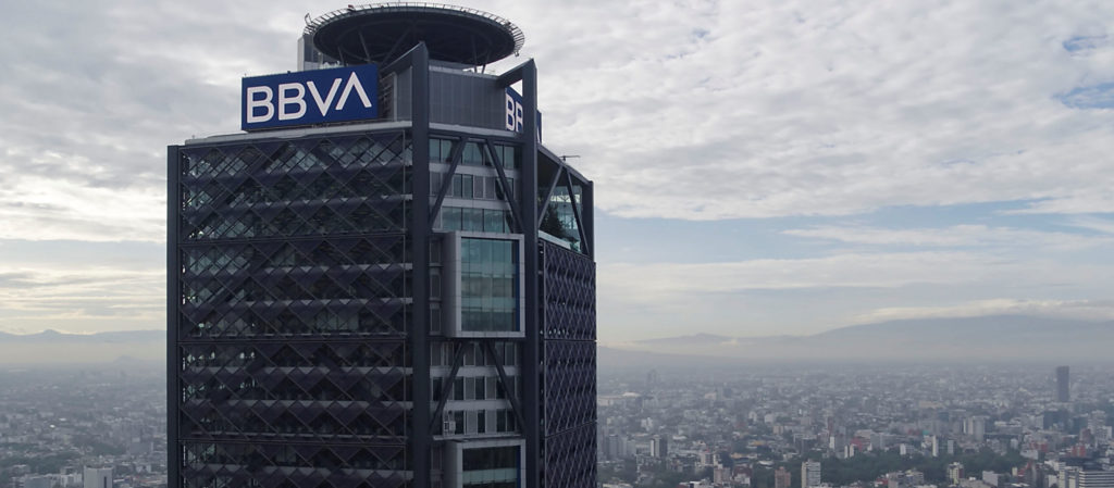 BBVA aportará 470 mdp para adquirir equipo médico y despensas en México