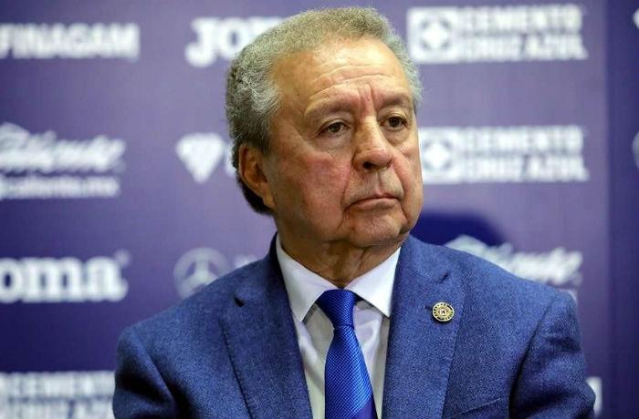 Reiteran que Víctor Garcés no pertenece al club Cruz Azul