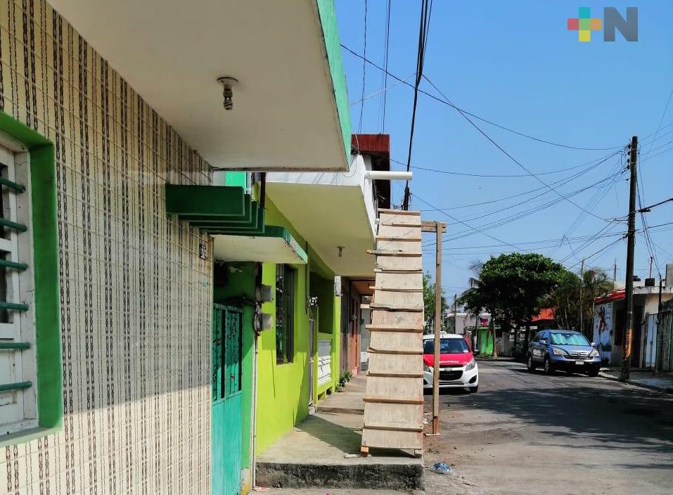 Denuncian construcción que había sido suspendida, en  colonia Unidad Veracruzana  deVeracruz