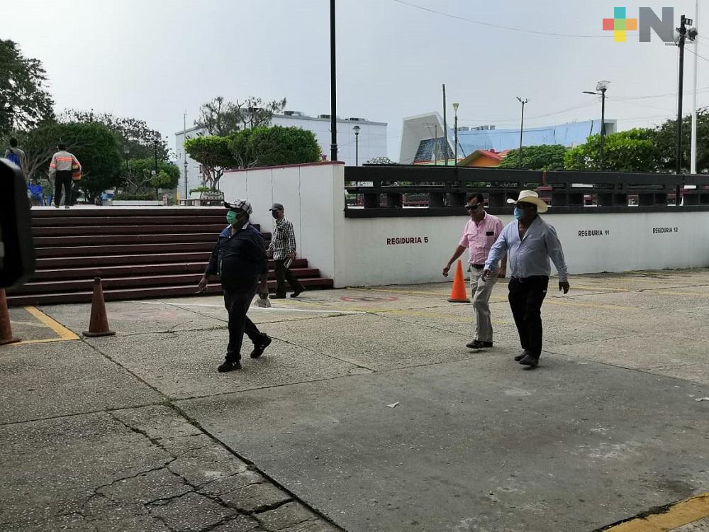 En Coatzacoalcos, más personas usan cubrebocas al salir a la calle