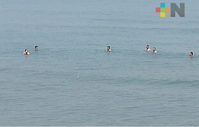 En el sur de Veracruz, implementan operativo para retirar personas de las playas