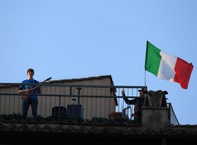 Italia reanuda movimiento tras 70 días de cuarentena