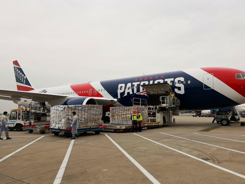 Patriotas dispone de su avión para transportar mascarillas desde China