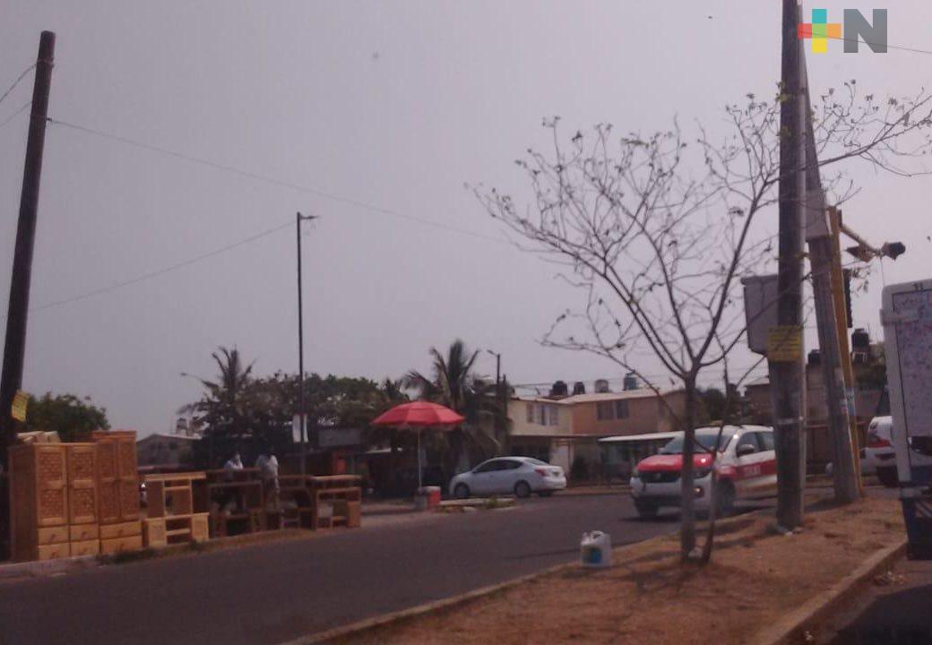 Cortes de energía eléctrica afectan a vecinos del fraccionamiento El Coyol