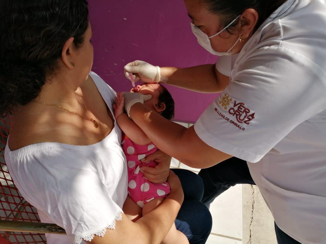 Aplican en Veracruz 293 mil vacunas contra la poliomielitis