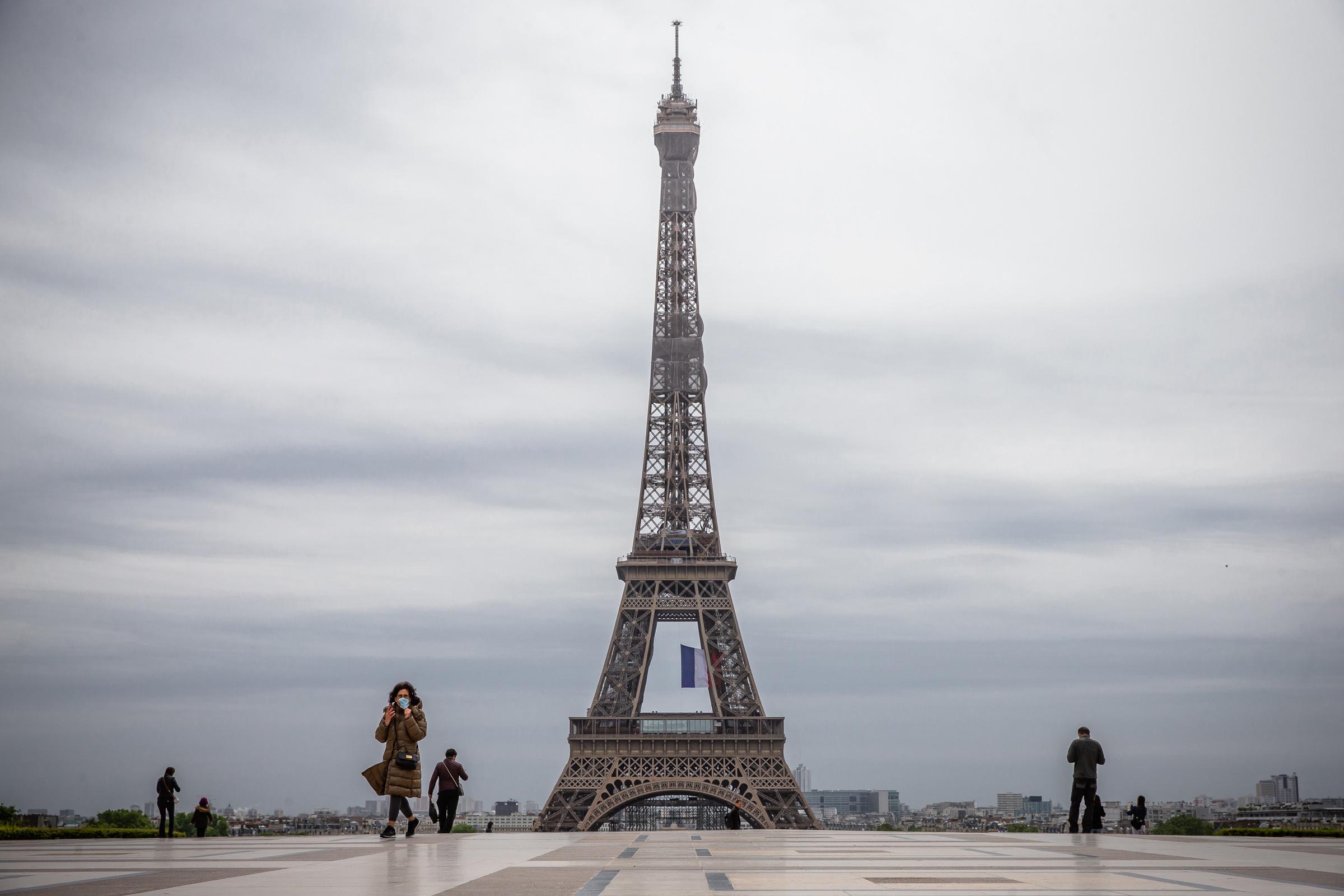 Francia iniciará fase dos de salida del confinamiento