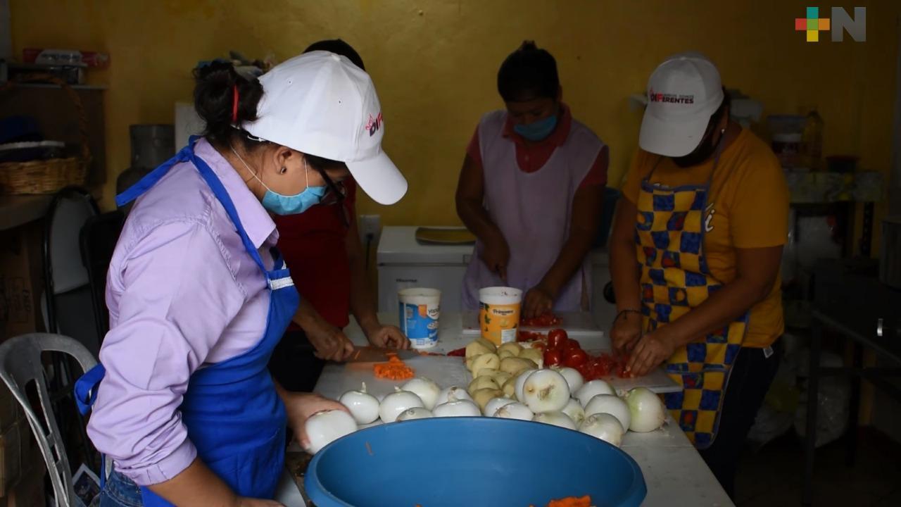 Comedores comunitarios de Agua Dulce beneficiarán al menos a 10 mil personas