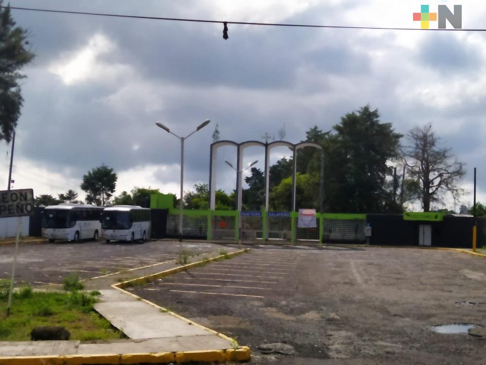 Aprueban reapertura de panteones municipales de Xalapa con aforo restringido