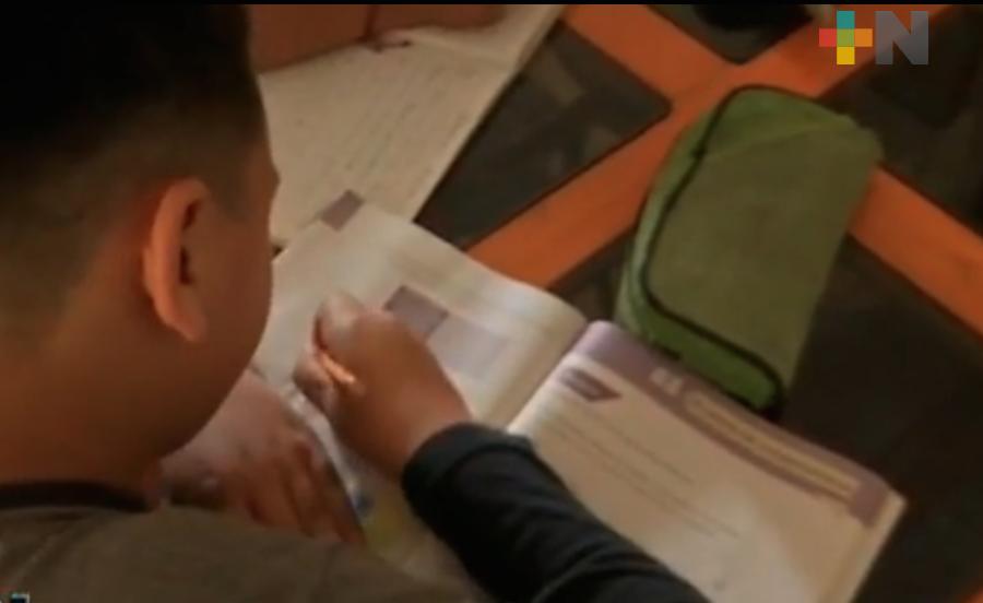 Atiende Educatel más de 9 mil llamadas para apoyo académico sobre el programa Aprende en Casa