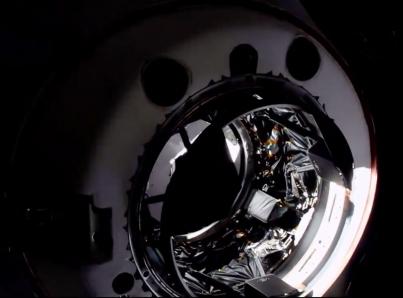 Cápsula Dragón se acopla a la Estación Espacial Internacional