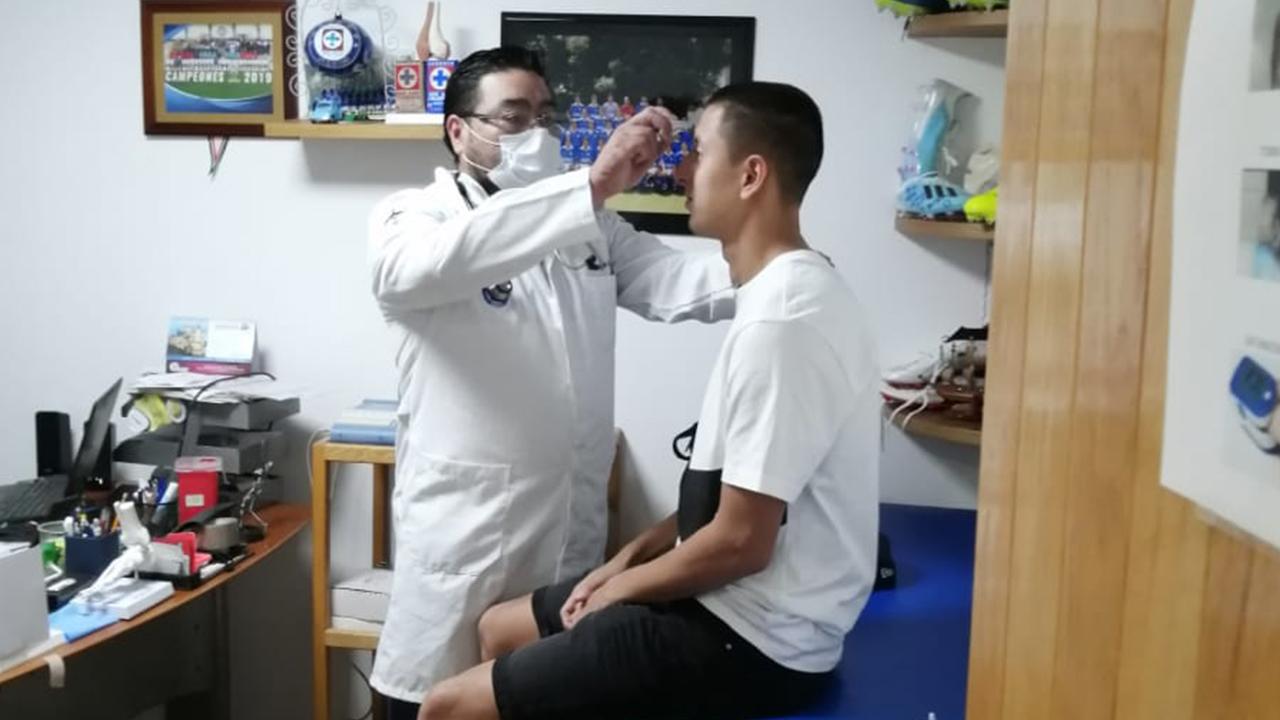 Jugadores de Cruz Azul se realizan pruebas de COVID-19