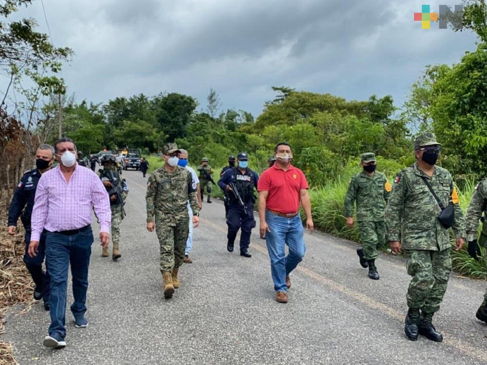 Autoridades recorren predio  para construcción de cuartel de la Guardia Nacional en Las Choapas