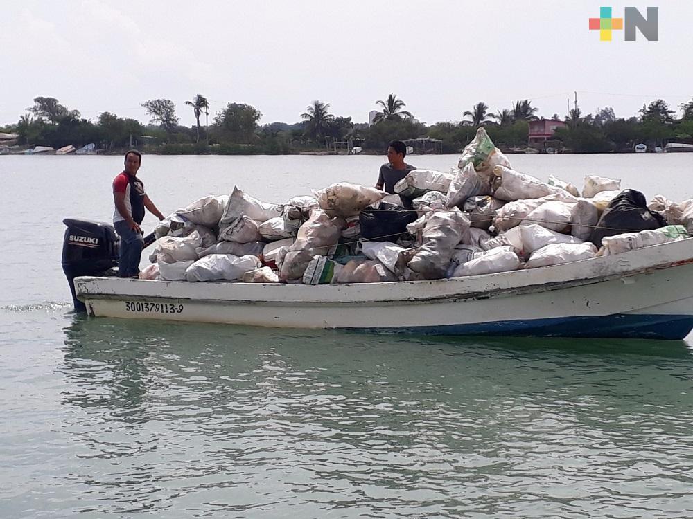 Gobiernos estatal y federal trabajan para recuperar el sistema lagunero de Veracruz