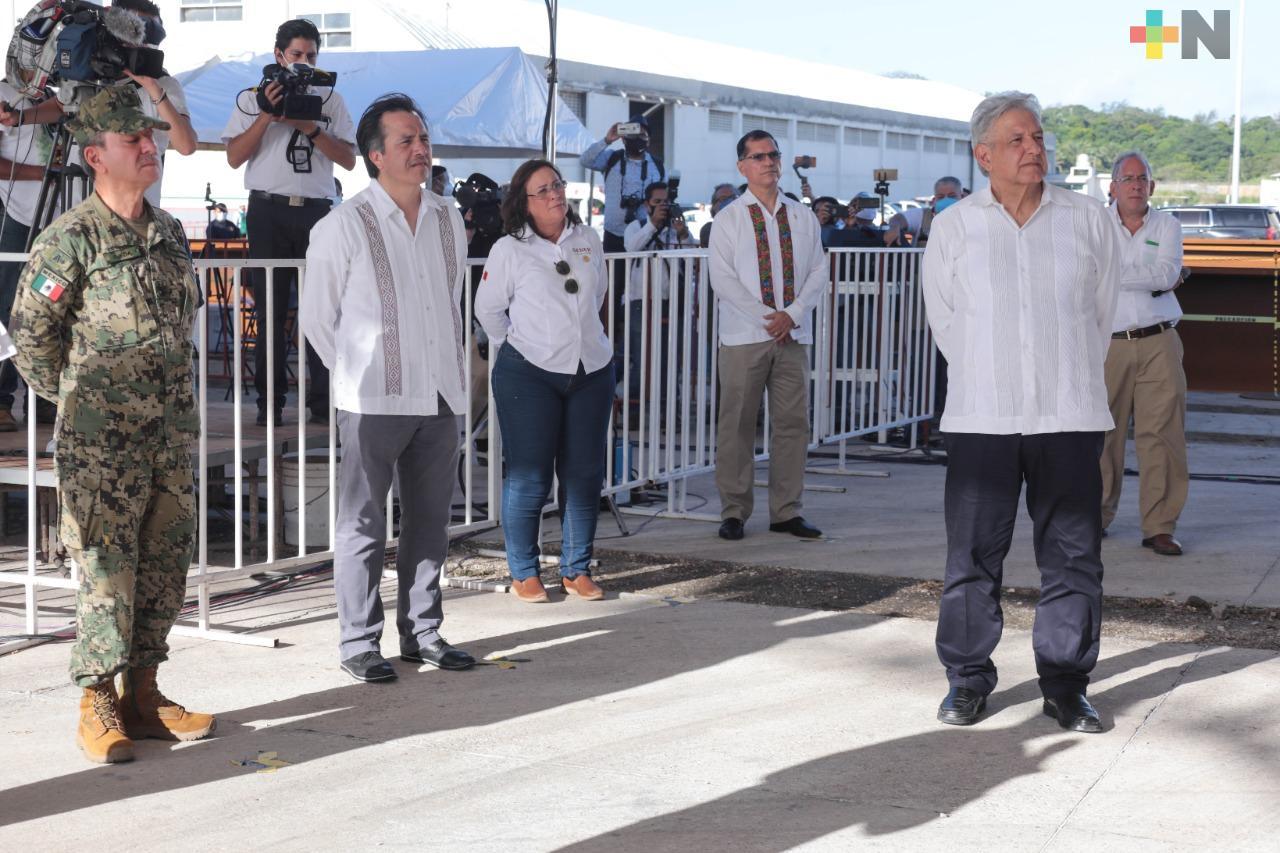 Supervisa López Obrador ampliación del puerto de Coatzacoalcos; una nueva etapa de empleos y bienestar