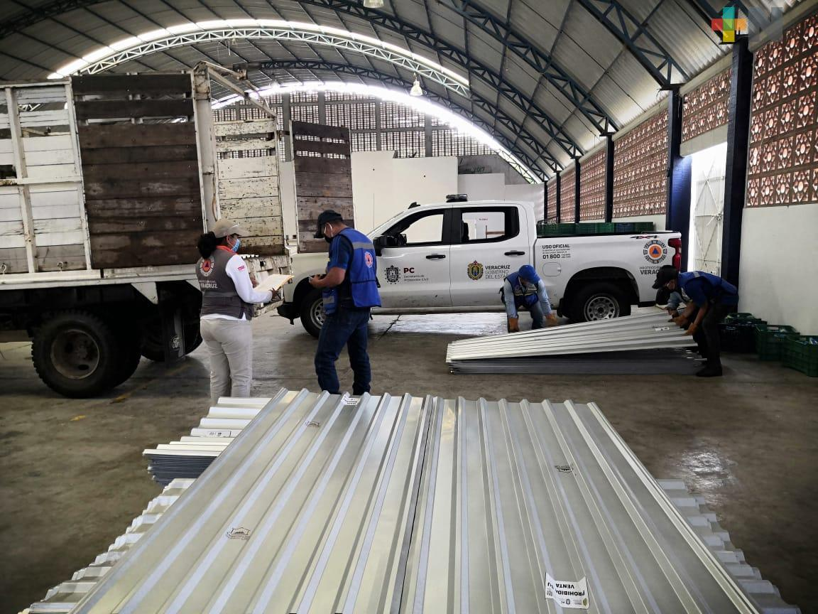 Entrega Protección Civil apoyos a los afectados por la tormenta tropical Cristóbal